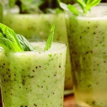آموزش طرز تهیه نوشیدنی کیوی، لیمو و نعناء