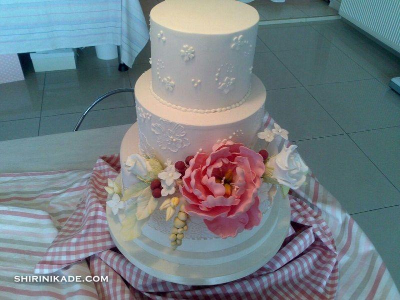 کیک مخصوصِ عروسی